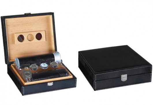 Distributor of Wholesale Leather Humidor Gift Sets